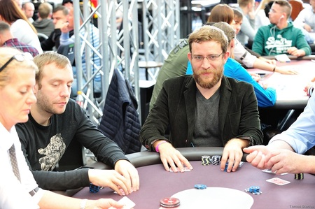 2016.30.9 Eureka Poker Tour ^ Hamburg main event day 2 Gareth Mccord Chantler Tomas Stacha_10STA_4513.jpg