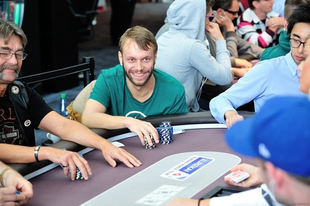 2016.30.9 Eureka Poker Tour ^ Hamburg main event day 2 Martin Mulsow Tomas Stacha_5STA_4502.jpg