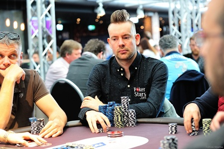2016.30.9 Eureka Poker Tour ^ Hamburg main event day 2 George Danzer Tomas Stacha_15STA_4530.jpg